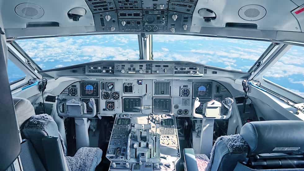 Профессия пилота гражданской авиации